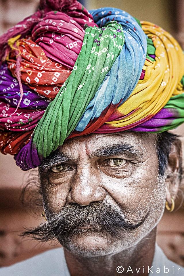 turban-indian-man-avi-kabir-lifebeyondnumbers