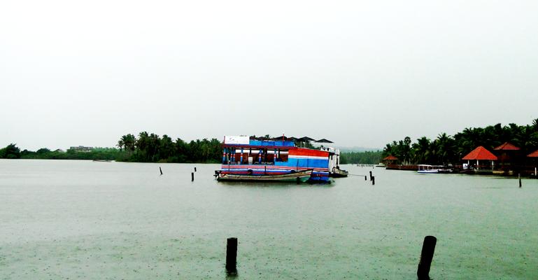Backwaters, Kovalam