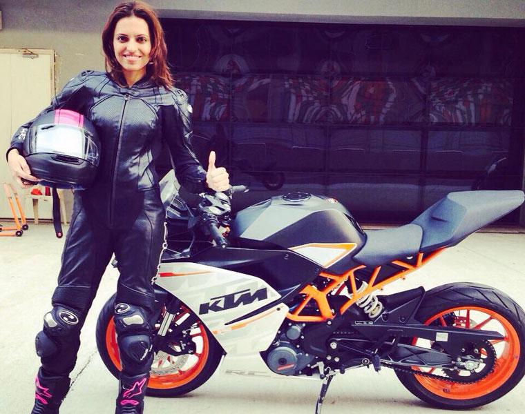 Superbiker Neharika