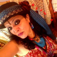 Kashish – The Lady Who Wears Multiple Hats Apart From Being A Tarot Reader And A Karmic Healer