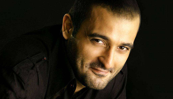 Akshaye Khanna – Bollywood's Most Misunderstood, Aloof And, Unappreciated Actor