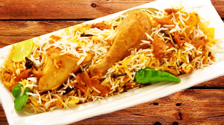 Biryani - a must eat food in Delhi