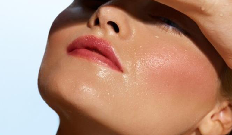 Oily Skin – 6 Superfoods That Can Help You Get Rid Of It