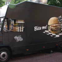 What Are The Secrets Of Food Truck Companies That Are Trending On Social Media?