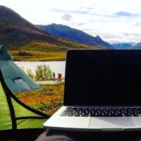 How To Travel, Work, And Earn Money At The Same Time And Live Life Better
