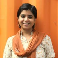 This 32-Year-Old Girl Walks 1100 KM, Gujarat To Delhi, Inspiring People To Avoid Plastics