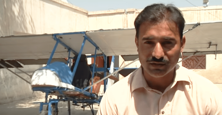 This Pakistani Popcorn Seller Has Built His Own Mini Airplane, Gets Praised By Pakistan Air Force