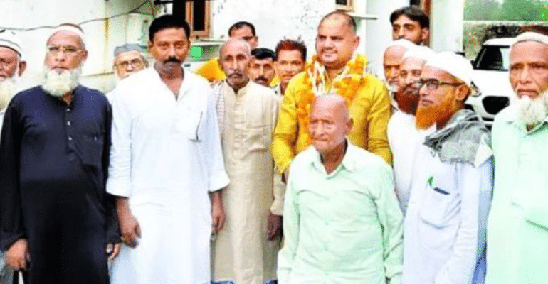 Hindus Gift Land For Graveyard To Muslims In Ayodhya In An Act Of Compassion