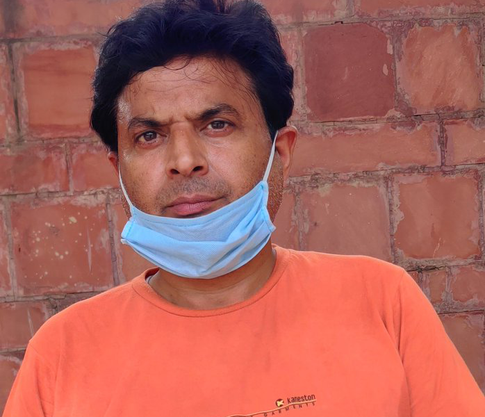 This Farmer Spent Rs.98,000 To Make Sure His 10 Migrant Workers Reach Home Safely